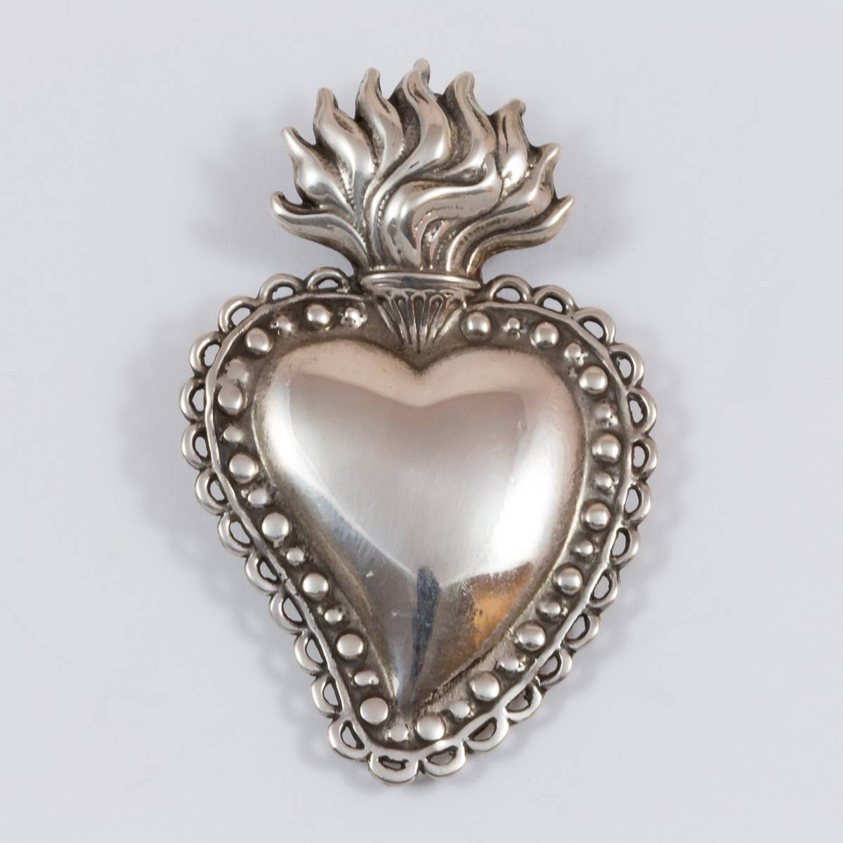 Medaillon Flammendes Herz