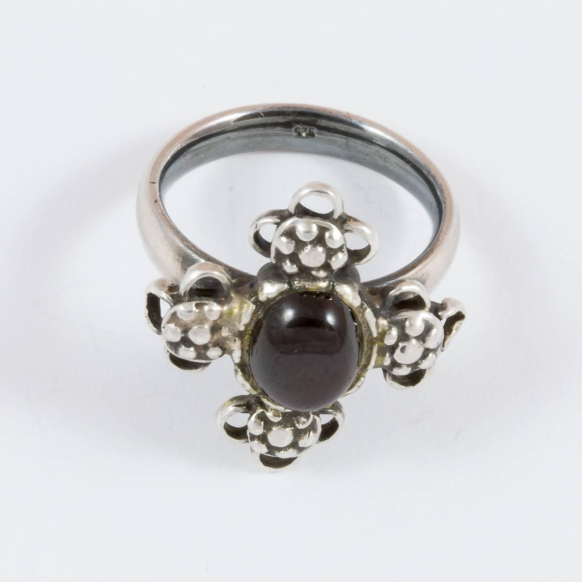 Granat-Ring